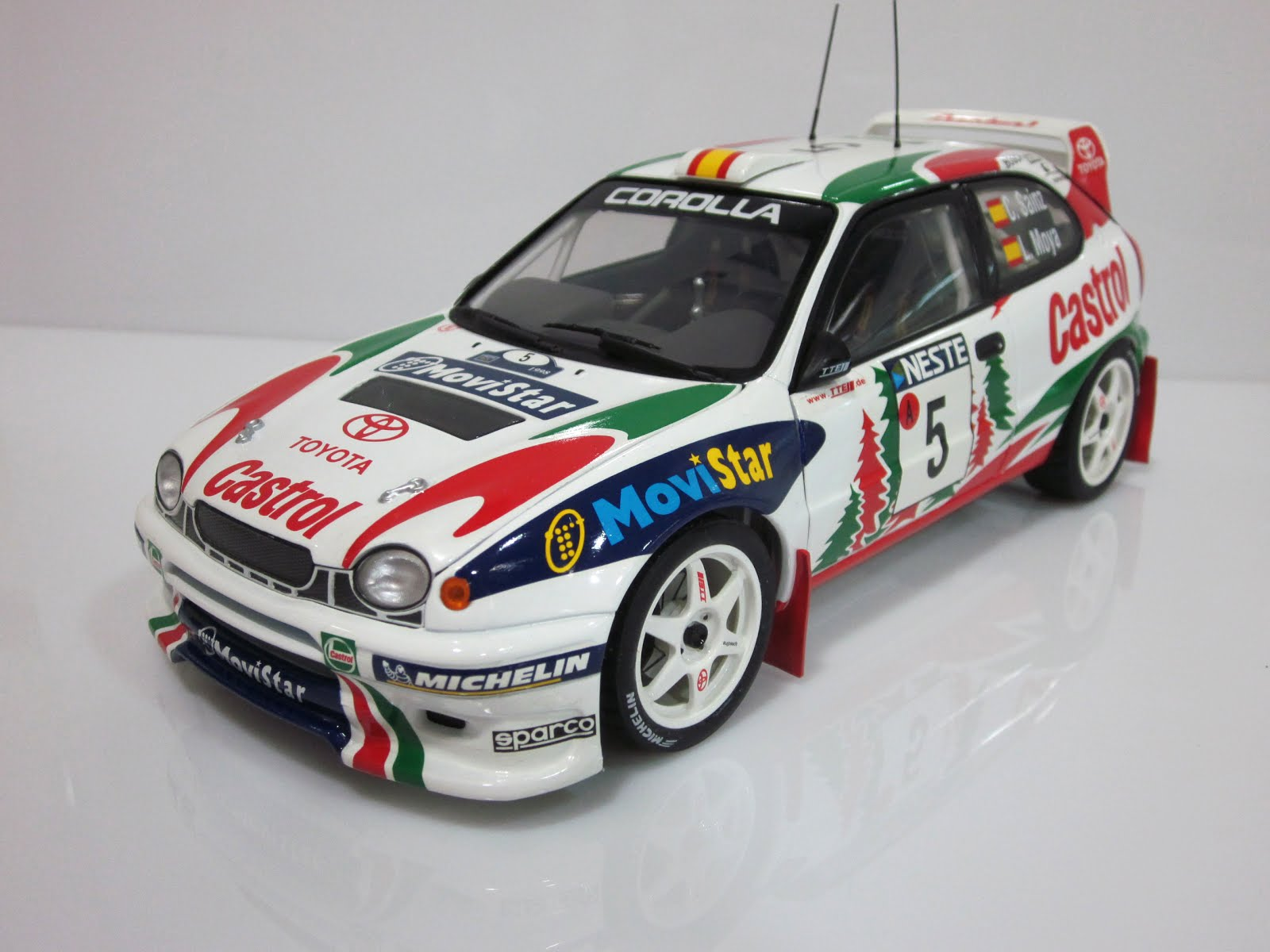 Toyota Corolla WRC - Finland Rally [C. Sainz / L. Moya] '98 - AUTOart