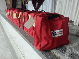 Aprendices de Tibú entregan 15 botiquines