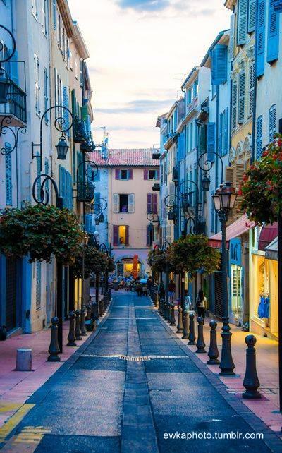 Colores de Antibes, Riviera francesa