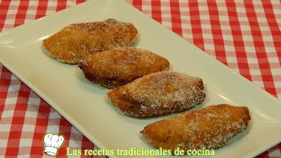 Empanadas dulces rellenas de manzana