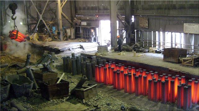 Заготовки для прокатного стана - из доменной печи после переплавки металла