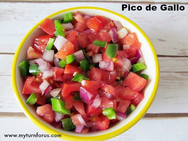 how to cut a tomato for pico de gallo