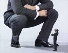pequenas empresas vs. grandes empresas