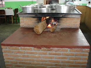 Cheiro Verde Comida Mineira Servida No Fogão a Lenha