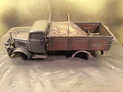 Mercedes L3000 with snow plow: Part 1. 20131227_155757