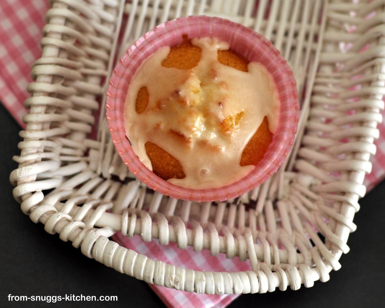 Vanille-Orangen-Muffins mit Earl Grey Guss