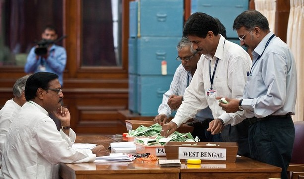Sh. Satya Pal Jain, Counting Agent of Sh. P A Sangma during the counting of votes for the Presidential Election at Parliament House, New Delhi. | AFP/GettyImages/Prakash Singh