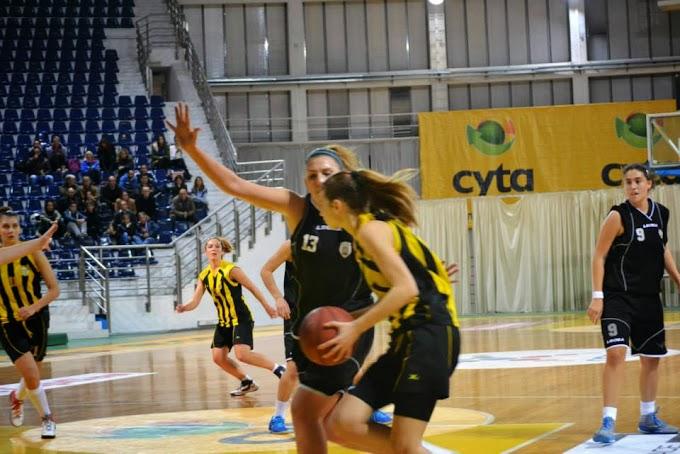 Πλούσιο φωτορεπορτάζ από τον αγώνα Αρης-ΠΑΟΚ για το πρωτάθλημα νεανίδων της ΕΚΑΣΘ (πηγή ομάδα ARIS Women Basketball CLUB στο facebook)