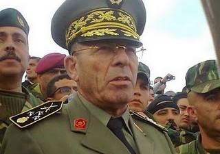 Une plainte déposée contre Rachid Ammar, Mohamed Ghannouchi, Foued Mebazza et Arbi Nasra