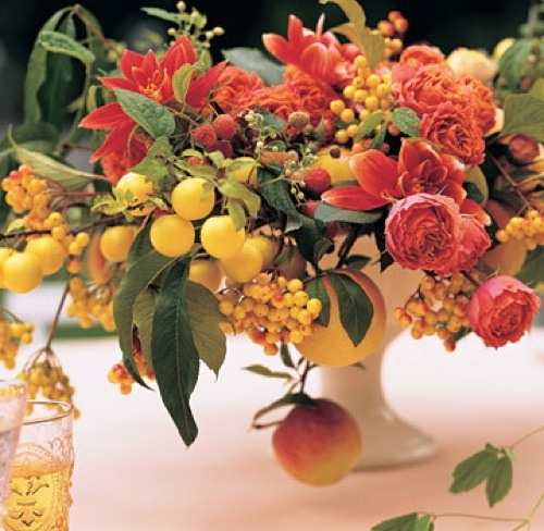 Tradewind tiaras floral arrangements incorporating fruits Floral arrangements with fruit