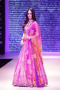 Kriti Sanon latest glamorous raml walk-thumbnail-14