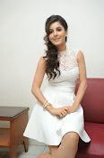 Isha Talwar Glamorous photos-thumbnail-14