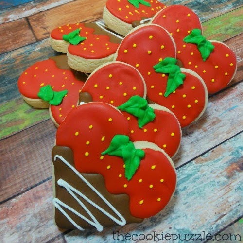 berry heart sugar cookies