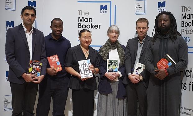 Marlon James ganha o prêmio Man Booker 2015