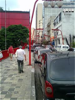 calle de liberdade sao paulo brasil barrio japonés