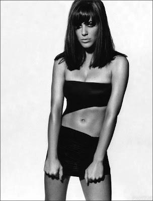 Michelle Ryan British Actress Wallpaper-800x600