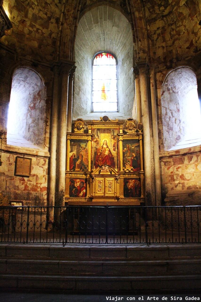 Capilla Nuestra Señora Gracia girola catedral Ávila
