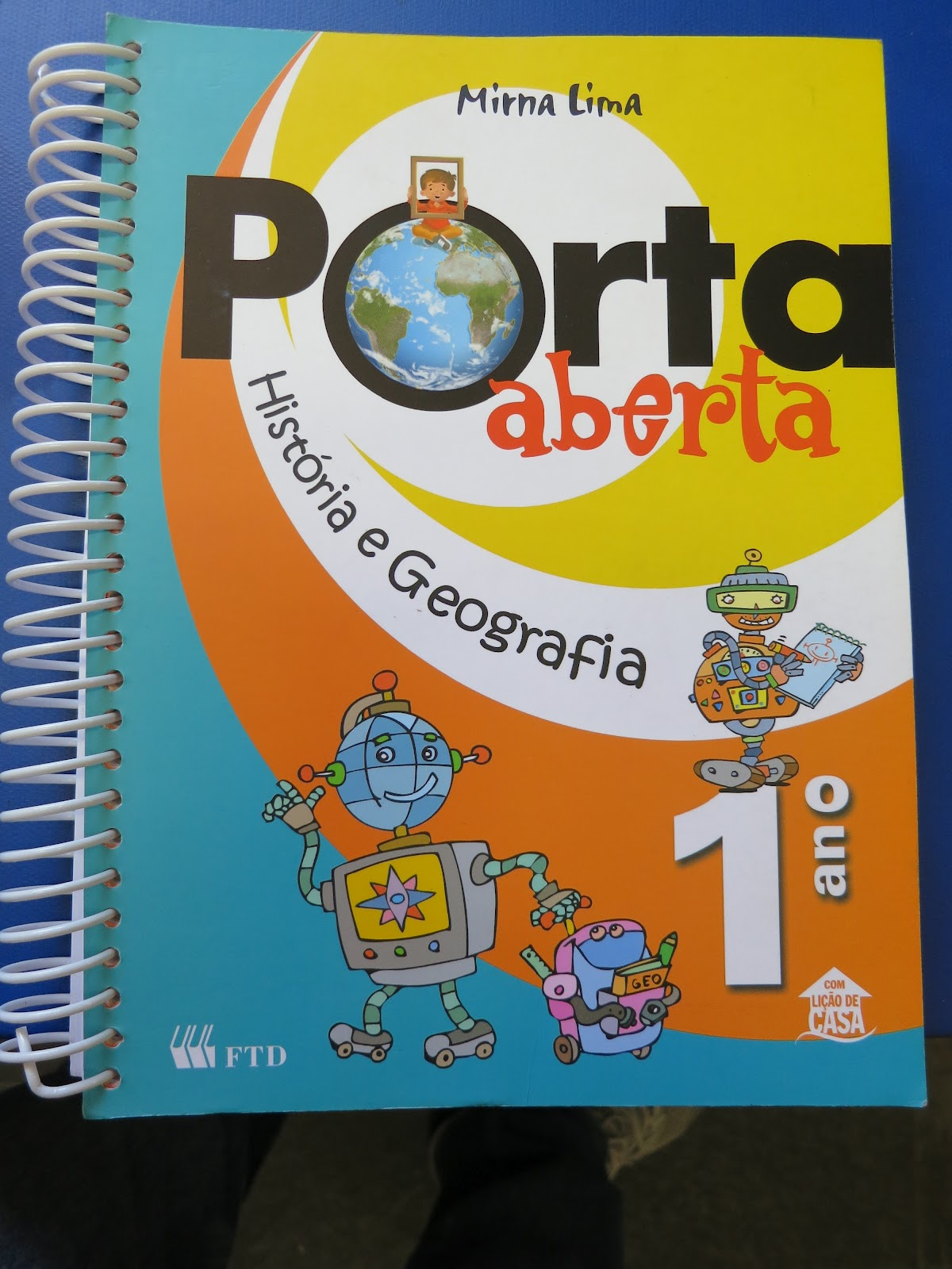 Amado Blog Família Bolsonaro: O KIT GAY JÁ CHEGOU NAS ESCOLAS PRIVADAS. IJ14