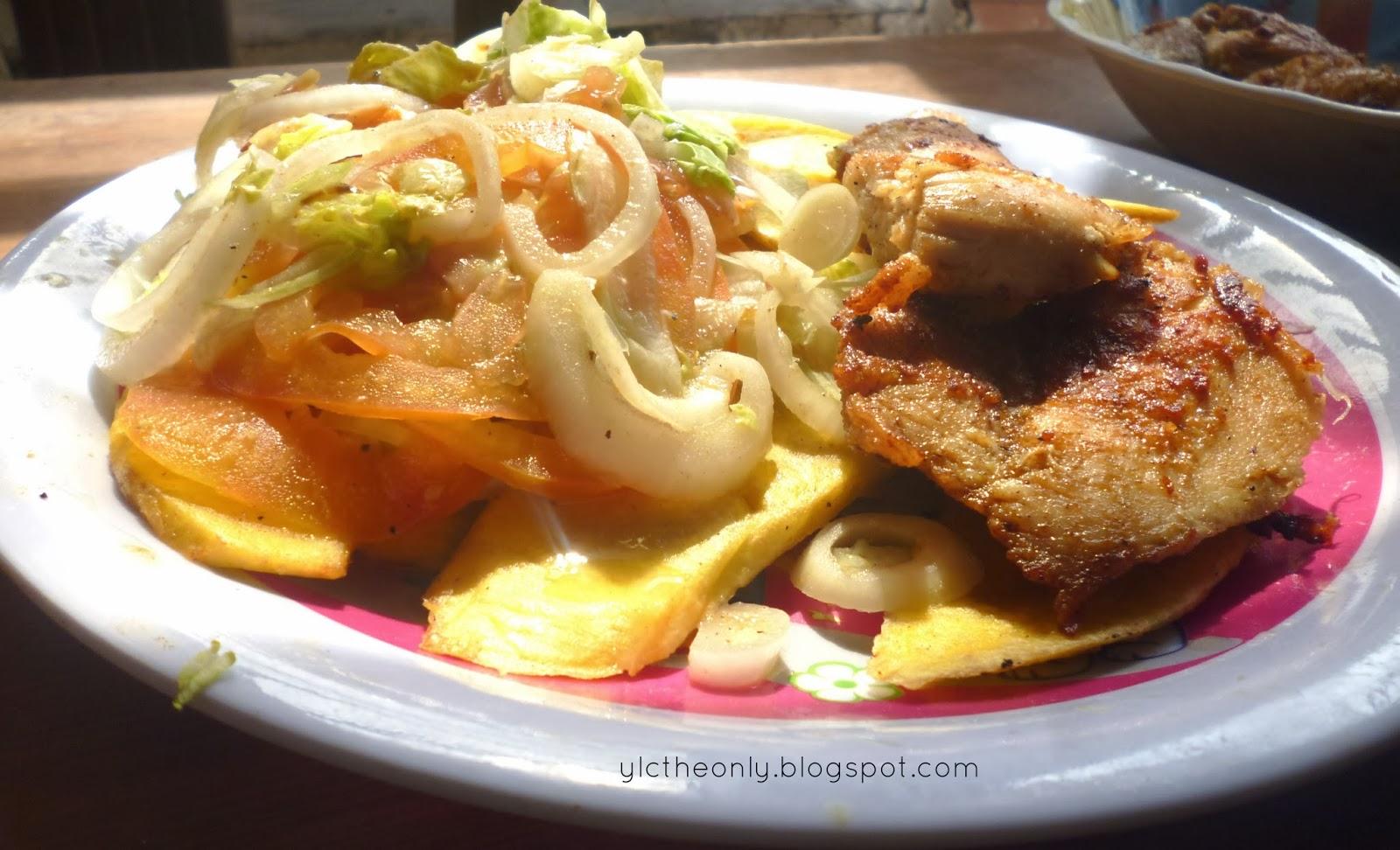 Ylctheonly almuerzo pollo frito con tajadas de platano y ensalada - Almuerzo rapido y facil ...