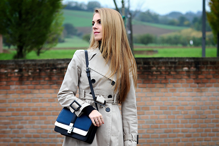 trench coat, black turtleneck, zara crossbody bag