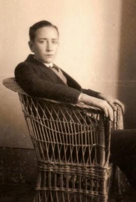 Manuel Tobella cuando obtuvo el título de bachiller