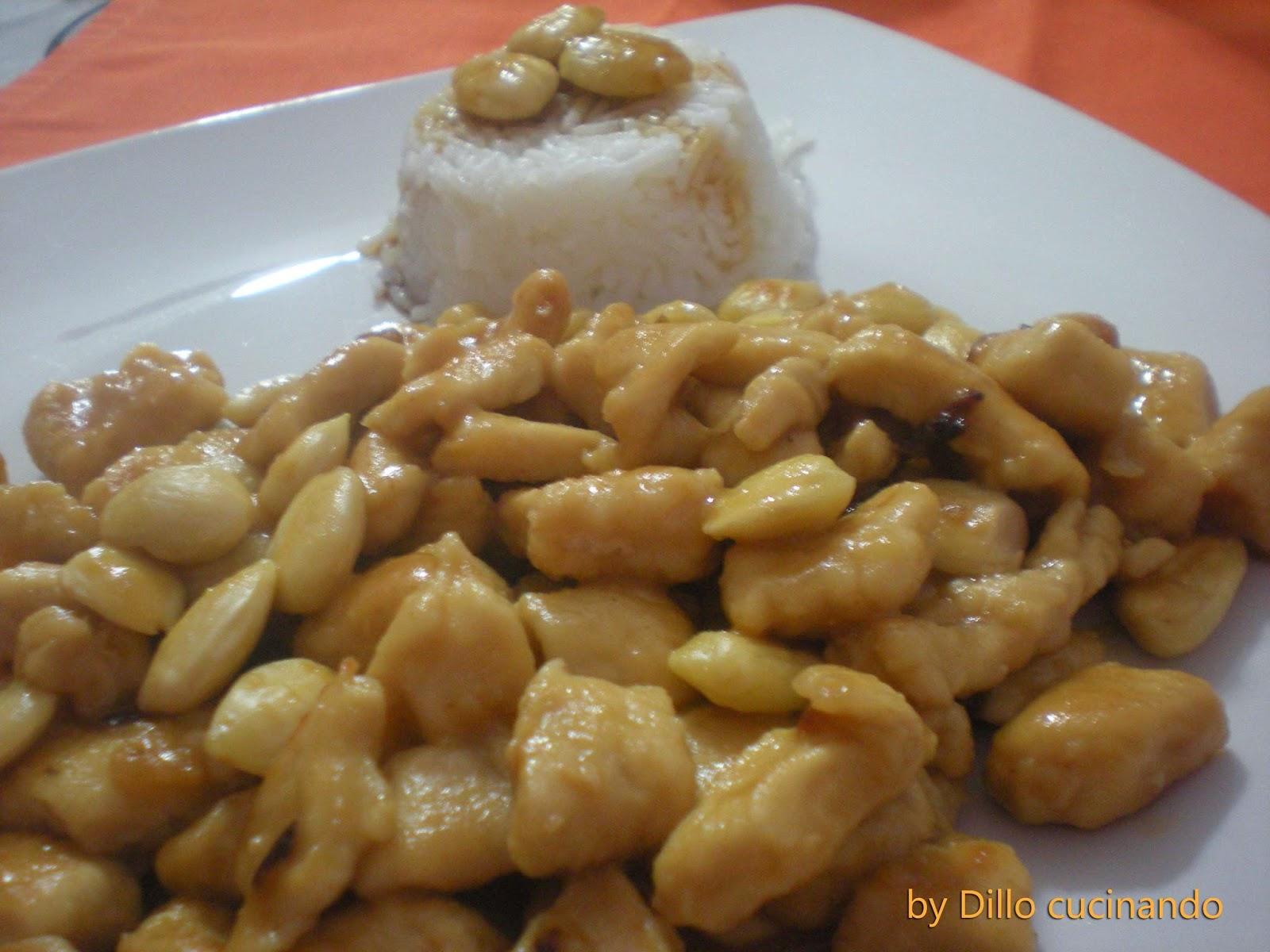 Pollo cinese alle mandorle