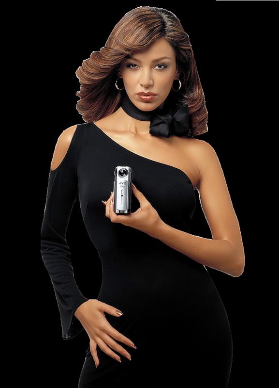 Женщина в черном прозрачном платье