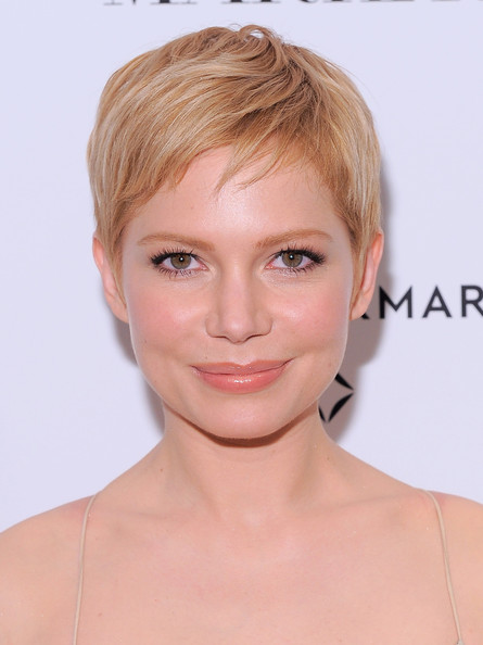 Corte de cabelos curtos para mulheres
