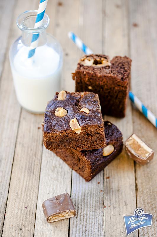 Brownie ze snickersem przepis