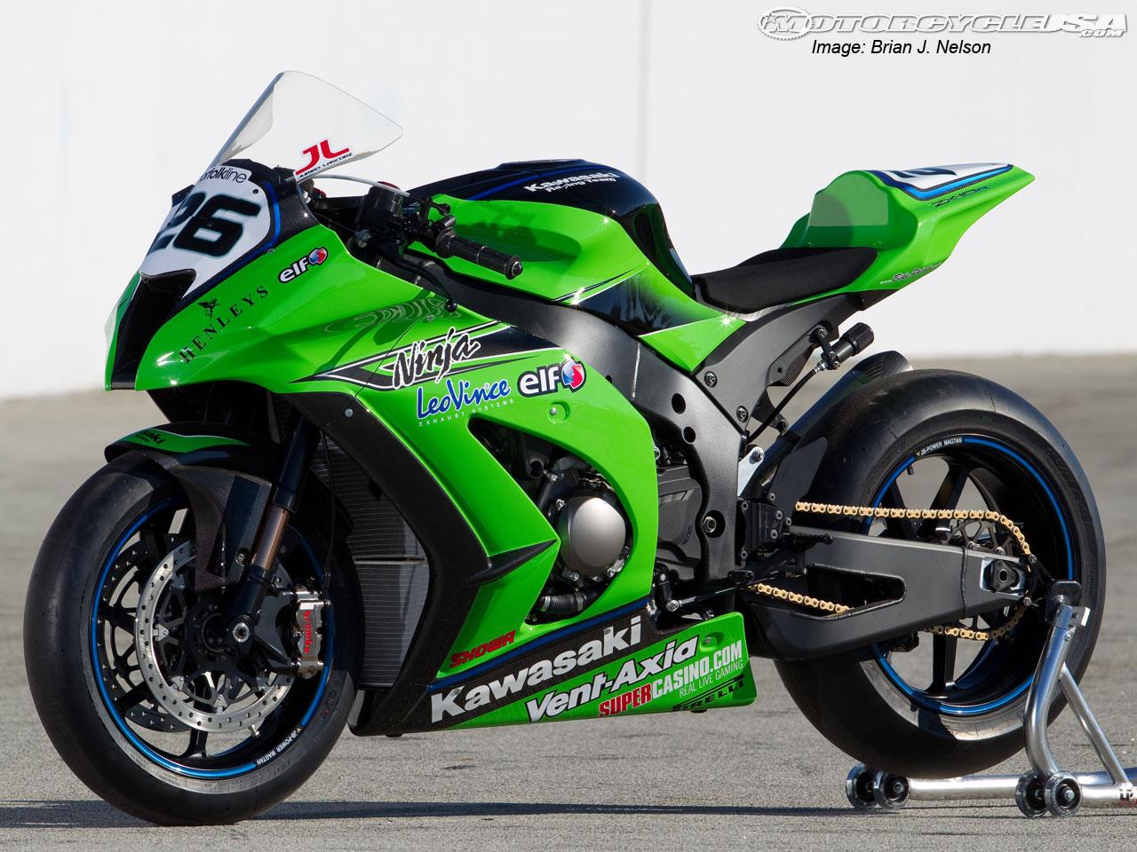 Kawasaki Motor Bikes 2011 Kawasaki Ninja Zx 10r