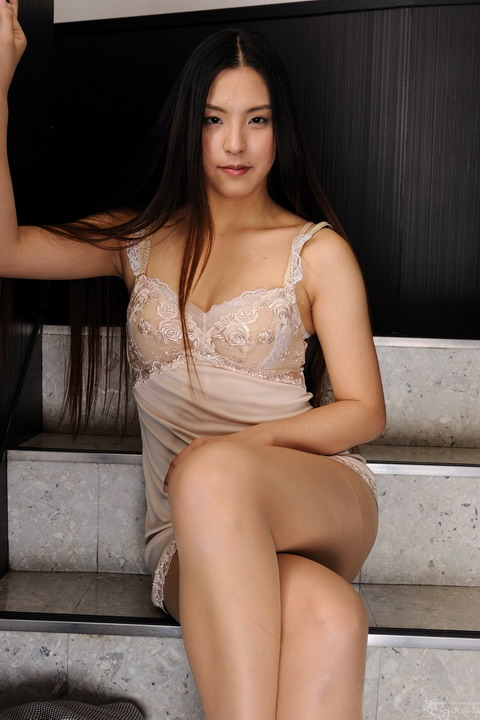 063-480 [Ssefhyy-Club]20120412 DigiGirl No.073 階段ヌード×キャミソール Maya Sakamoto 坂本真弥 [125P87.3MB] 3001d