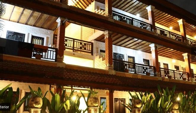 Hotel Yang Jaraknya 37 Km Dari Bandara Internasional Ngurah Rai Ini Juga Dekat Dengan Monumen Bom Bali 01 Dan Sky Garden Lounge 02