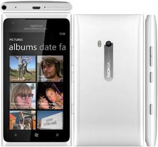 Harga dan Detail Spesifikasi Nokia Lumia 900