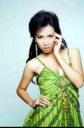 Putri Indonesia 2006 Kristania Virginia Besouw