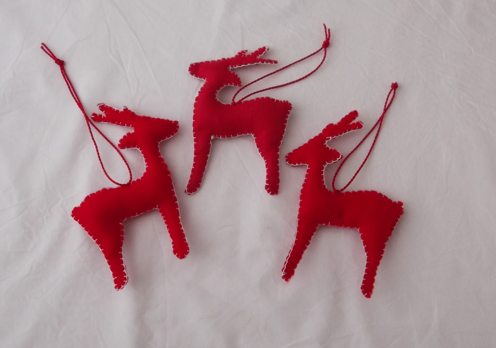 Elevenses with mrs l handmade christmas decorations now for Christmas reindeer decorations
