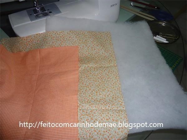recorte de tecido e manta acrílica