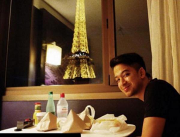 Pendedahan Mengejutkan Jual Nasi Lemak Di Kota Paris!