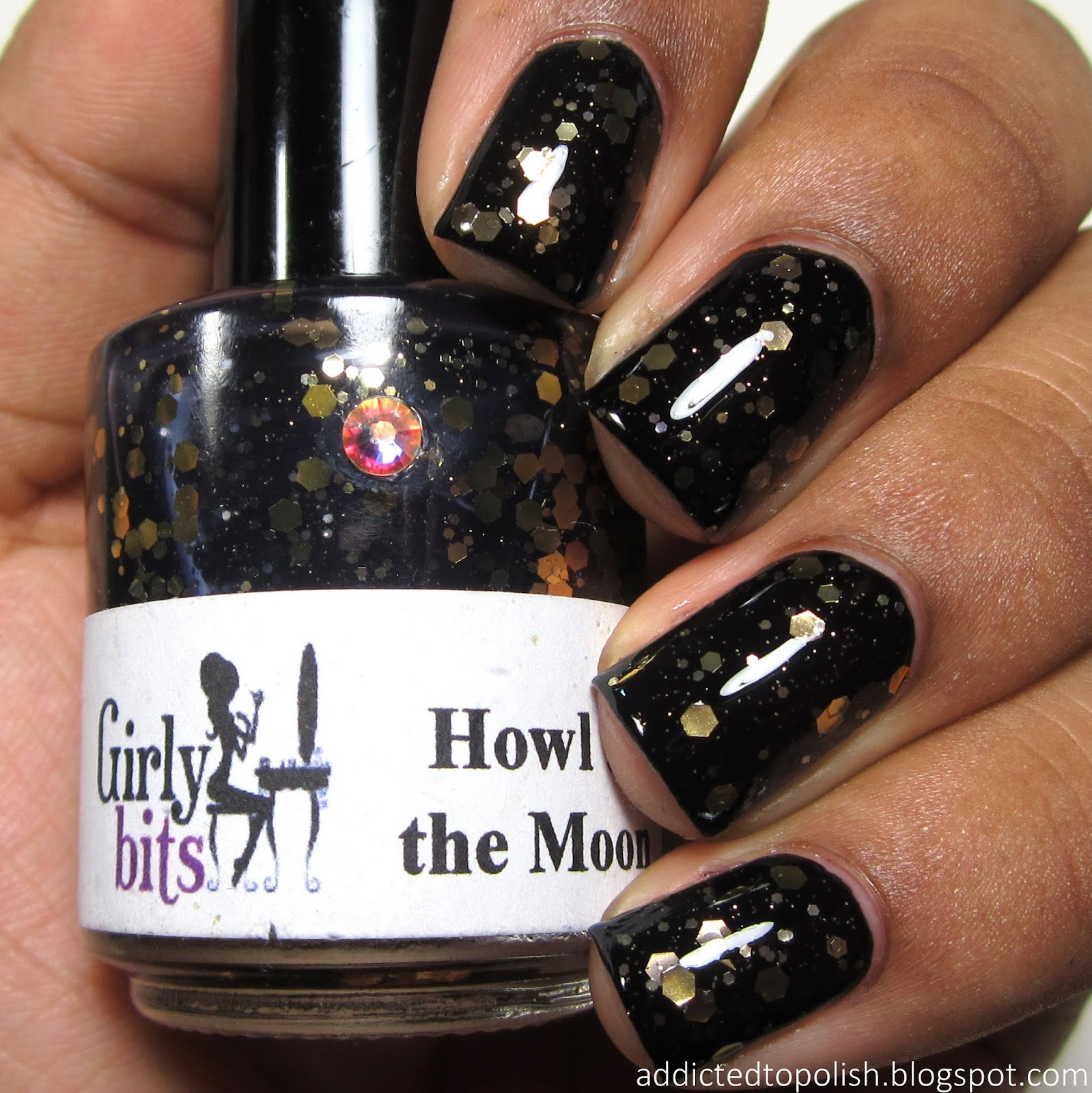 Girly-Bits-Howl-at-the-Moon