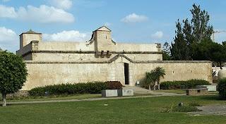 Castillo de Bezmiliana, fortaleza en Rincón de la Victoria, Axarquia malagueña