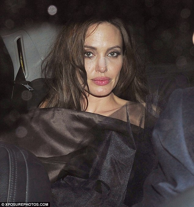 angelina jolie the tourist hair. Ready for her bed: Angelina