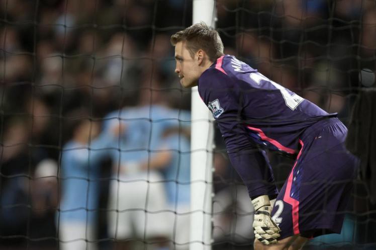Mignolet: Manchester City Masih Mampu Dikejar