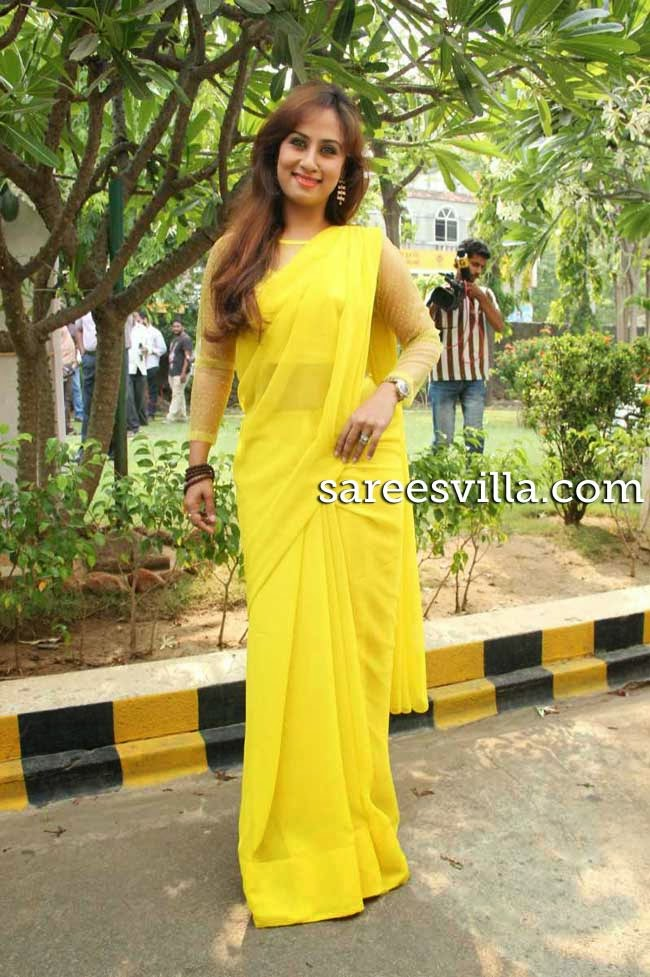 Actress Maanu In Yellow Saree