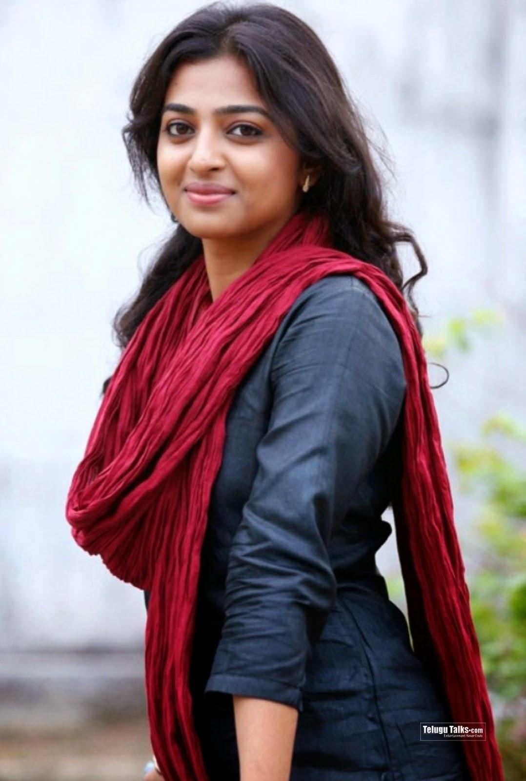 Radhika Apte Hot Pictures