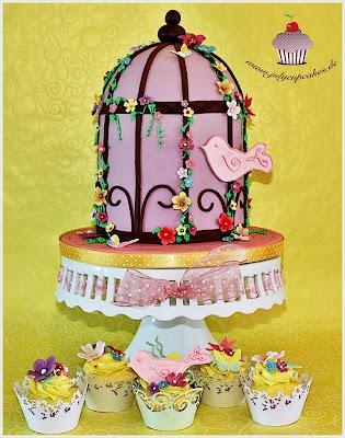 Birdcage Cake Dummy