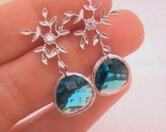 https://www.etsy.com/market/snowflake_jewelry?ref=l2