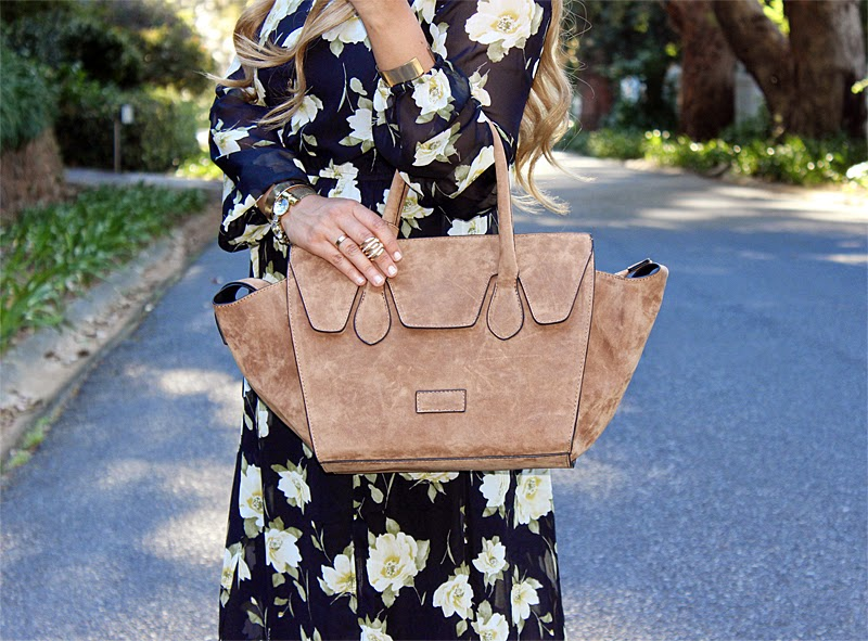 forever 21 floral maxi dress, forever 21 cape town, forever 21 south africa, fashion blogger cape town, blackcherry handbags, celine inspired, celine trapeze, laiqah ally, lucky loves, long ombre curls