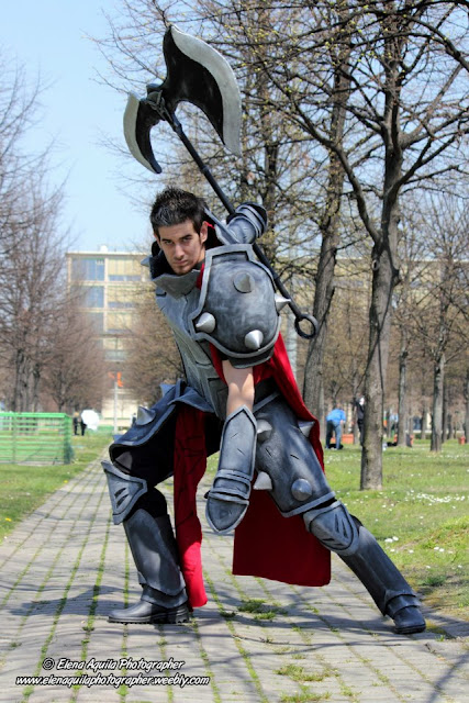 LEAGUE OF LEGENDS  DARIUS LOL COSPLAYLeague Of Legends Cosplay Darius
