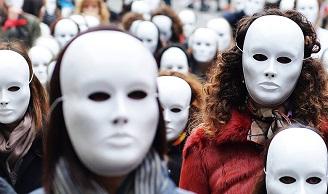 Η σεξουαλική βία μέσα από τις λέξεις μιας γυναίκας – θύματος