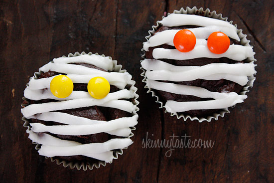 Low-Fat Chocolate Mummy Cupcakes | Skinnytaste
