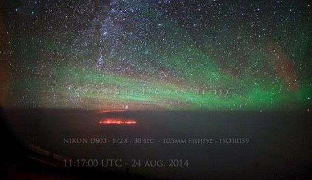 Pilotos observaram luzes misteriosas enquanto sobrevoavam o mar